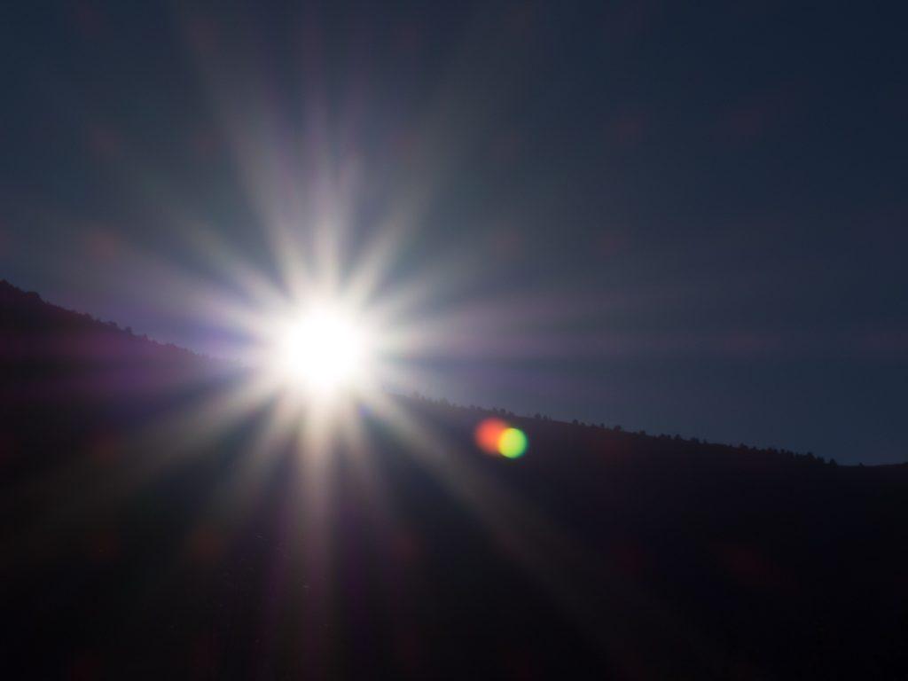 Eclipse de soleil du 21 août 2017 : le soleil se lève
